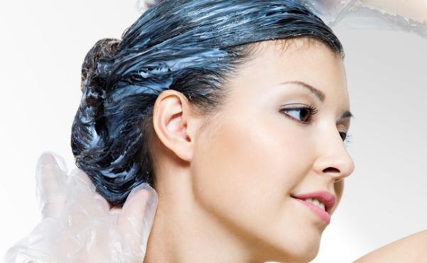 O cabelo precisa de uma boa hidratação. (Foto: Divulgação)